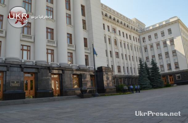 التحديات تطوق الرئيس الأوكراني بيترو بوروشينكو