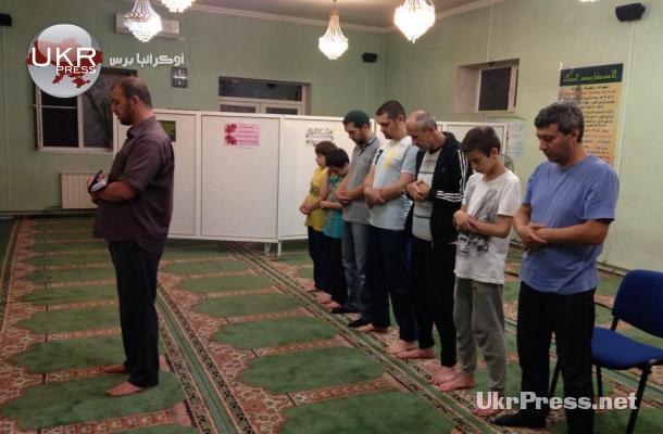 رمضان شرق أوكرانيا.. حزين يتمسك بالوجود